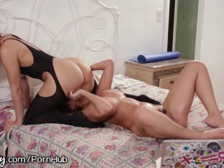Super hot highschool porn