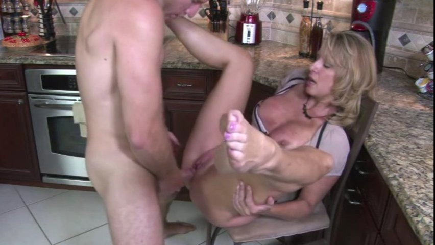 Wet pussy squirt pictures